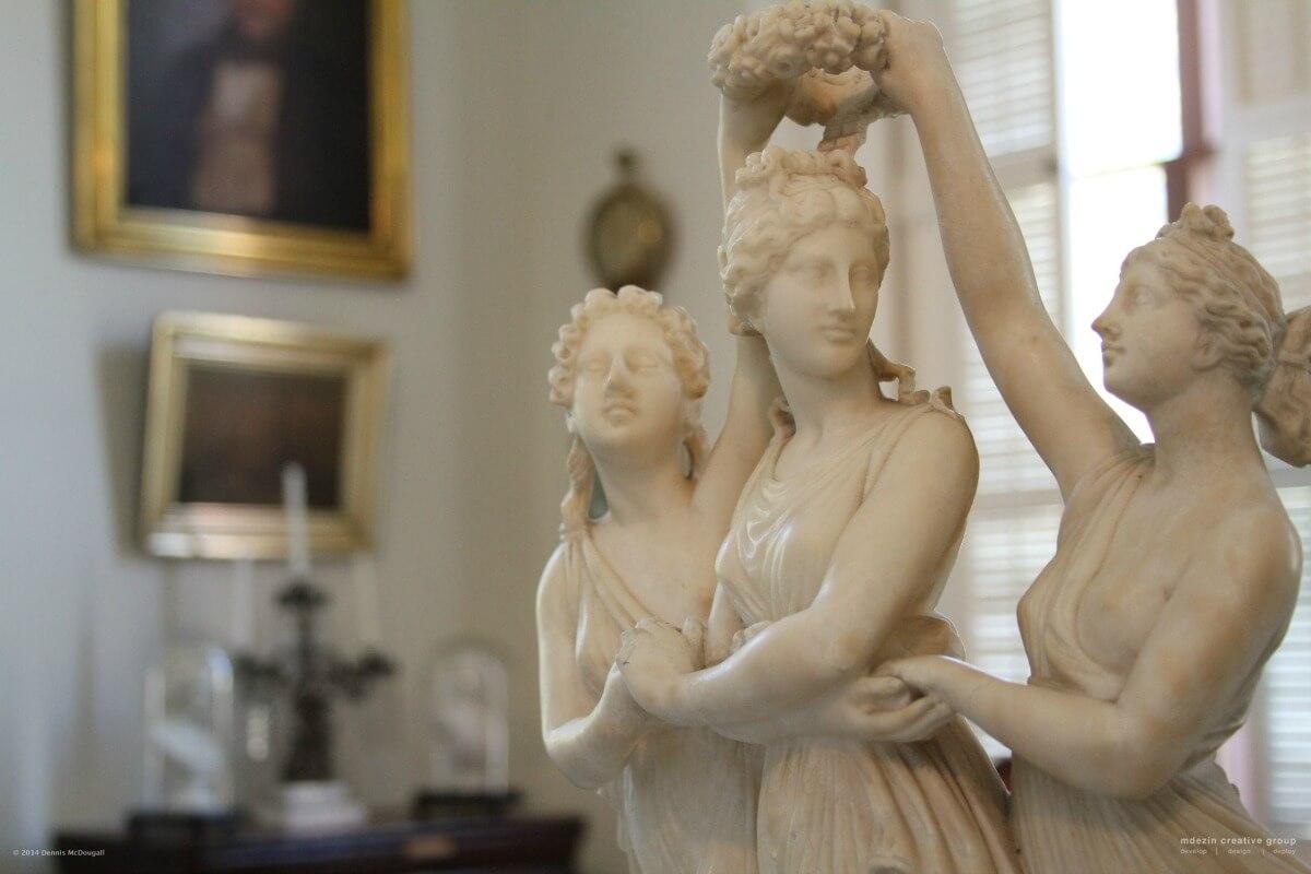 Statue - Three Graces